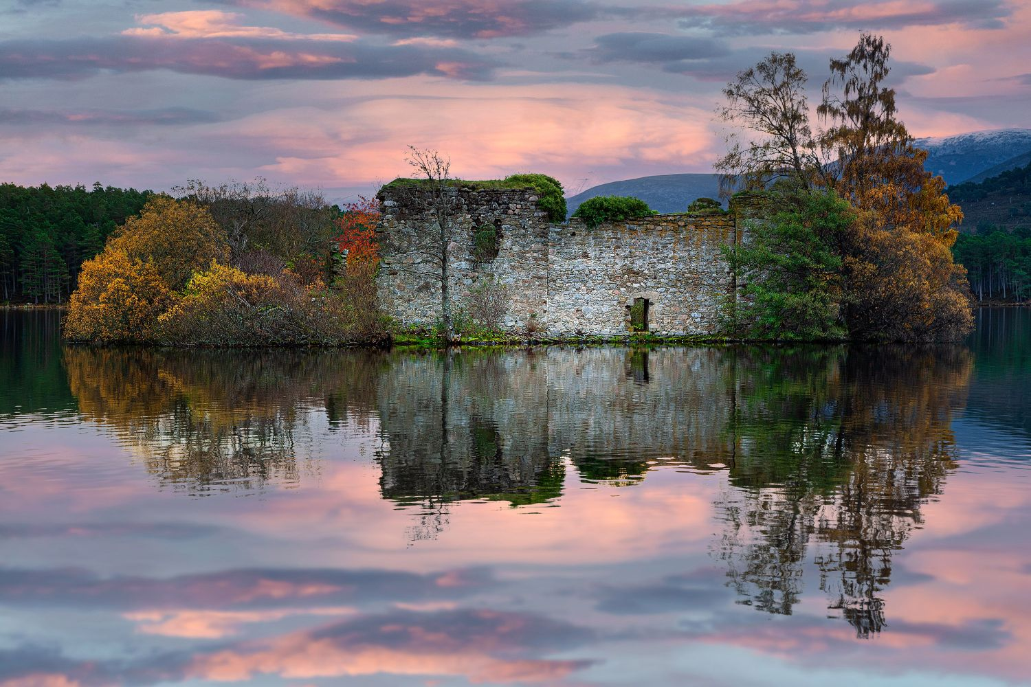 Loch an Eilein Castle close to Aviemore by Martin Lawrence