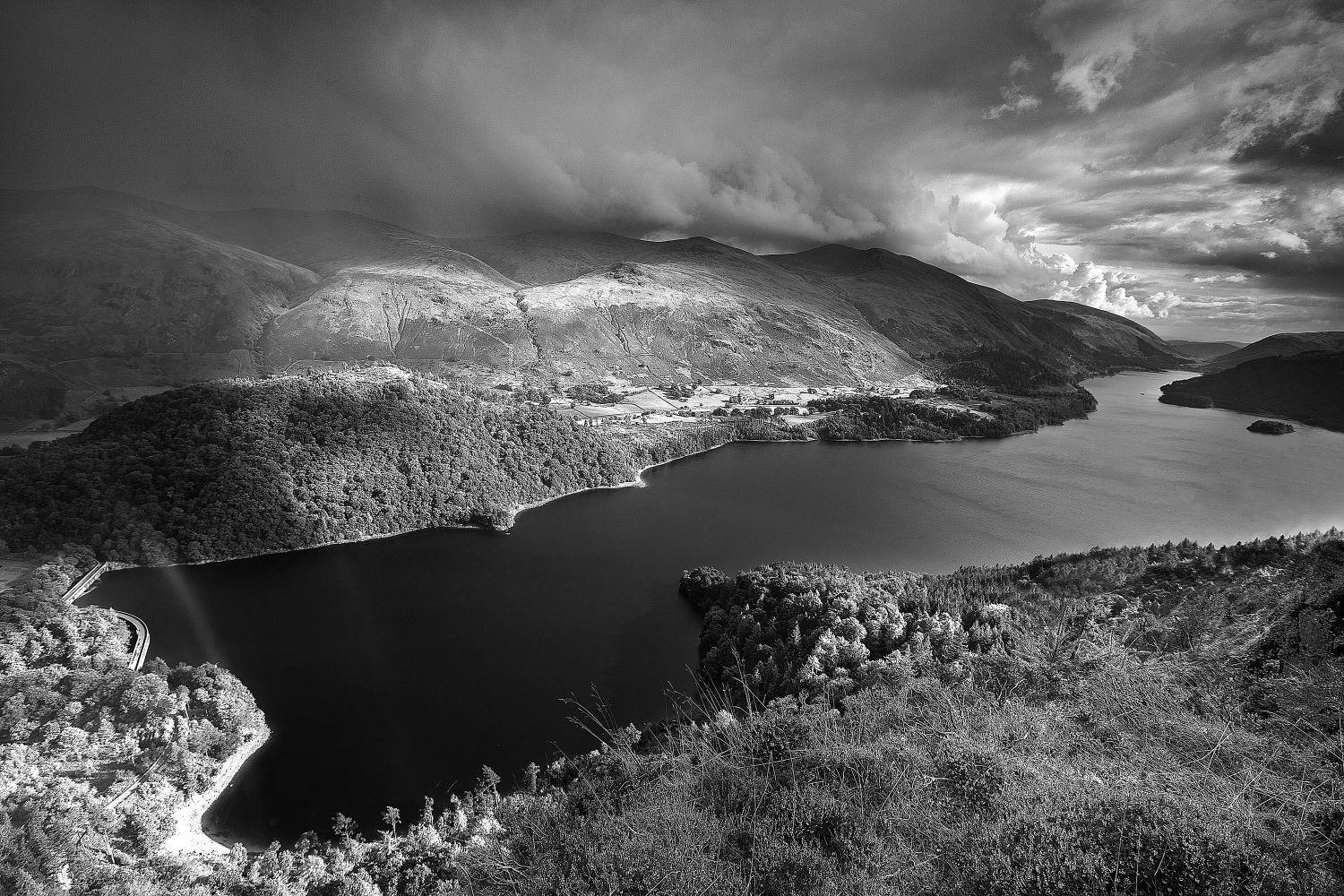 Storm clouds gather over Thirlmere in Black and White by Martin Lawrence