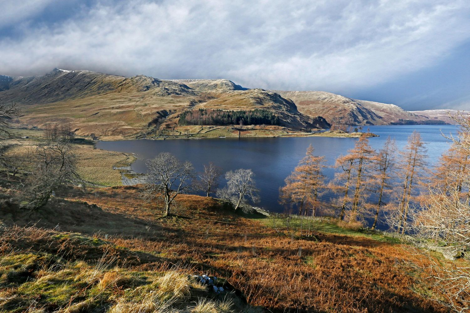 View across Haweswater to Kidsty Pike