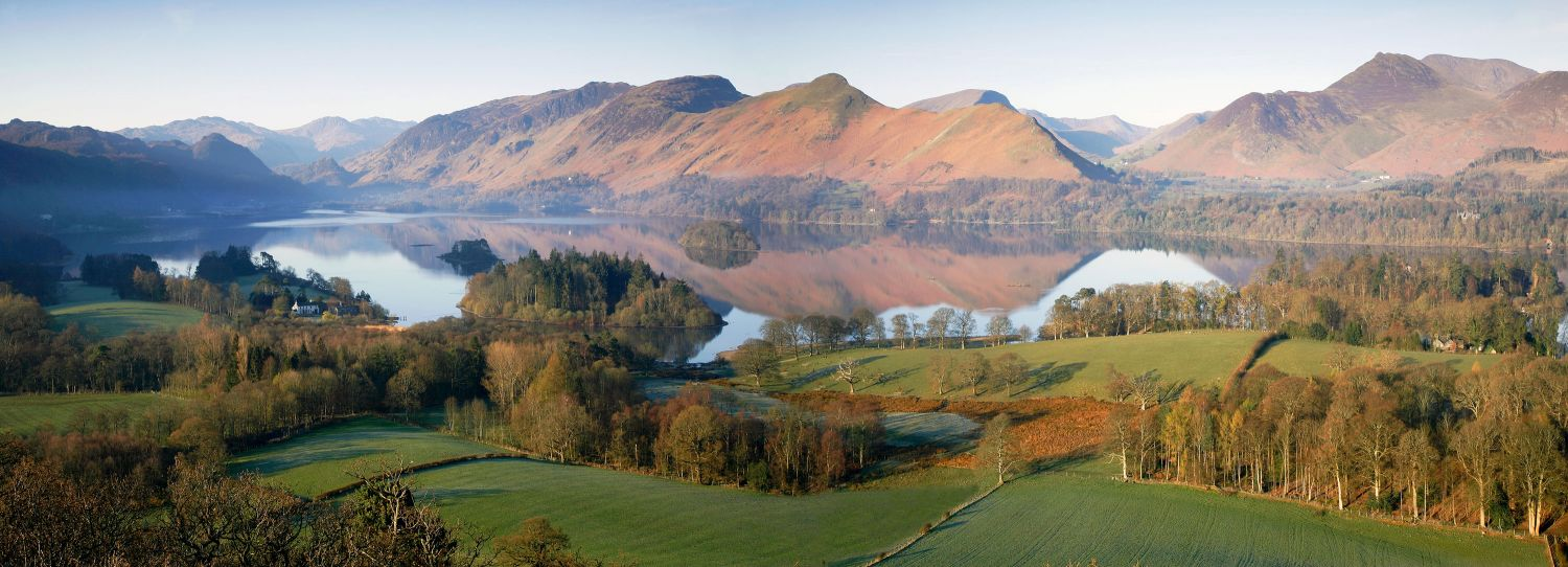 This is a panoramic view of Derwentwater and Catbells that can be enjoyed with very little effort.
