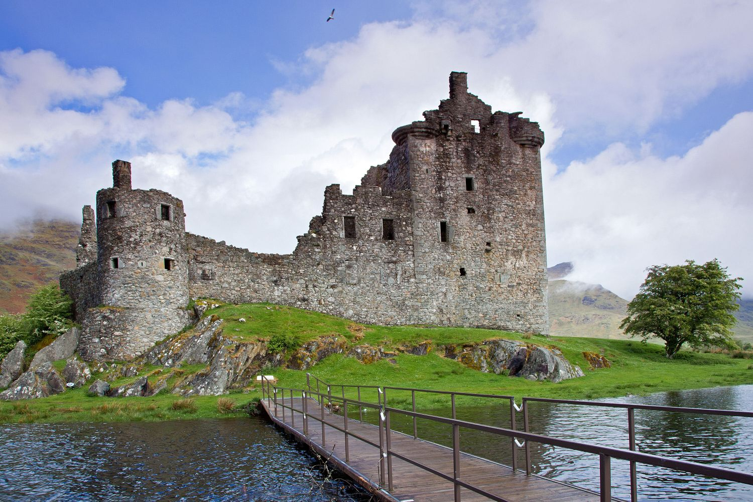 Kilchurn Castle on the shores of Loch Awe