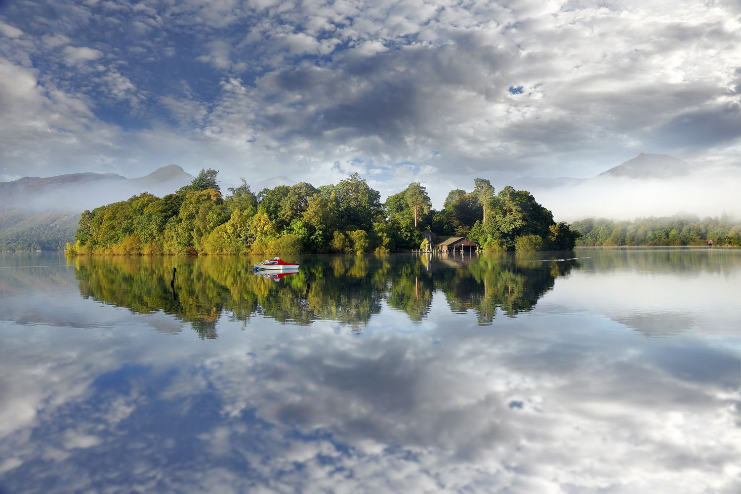 Derwent Isle Reflections on a beautiful autumn morning by Martin Lawrence